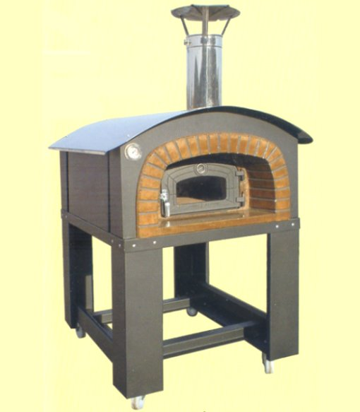 Traditional wood-burning oven, the refractory